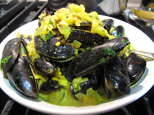 mussels in cider curry cream