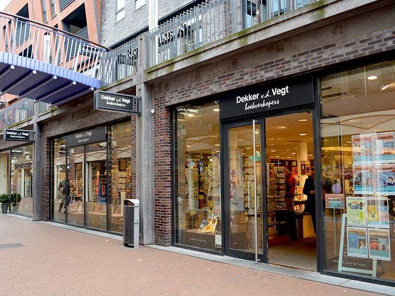 boekwinkel dekker-vd-vegt-1