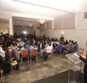 Haïti : Le ministre délégué Mathias Pierre a remis l'avant-projet de la nouvelle Constitution aux partis politiques