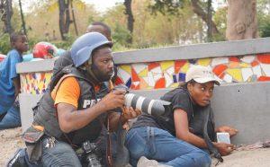 Haïti-Mobilisation : Une nouveau travailleur blessé à la jambe