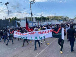Port-au-Prince : Marche pacifique des médecins contre l'insécurité 8 jours après la mort du Docteur Ernts Pady