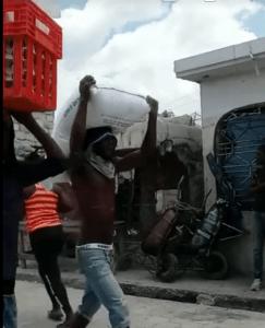 """Haïti : Anthony Bennett réagit après le pillage de son entreprise """"Marché Ti Tony"""""""