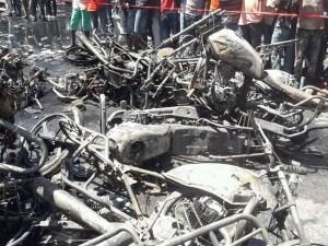 Cap-Haïtien-Sinistre : Une pompe à essence emportée par les flammes à la Rue 9A