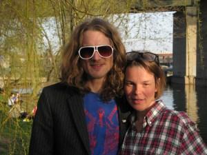 Anna Järvinen sammen med Gustav Ejstes i Stockholm 2009. (Foto: Leif Gjerstad)