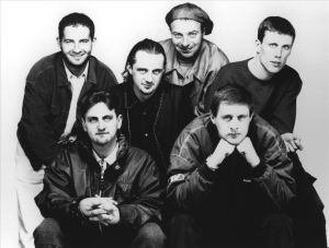 Happy Mondays vil at også mandager skal være festdager. (Foto: Wikimedia Commons)