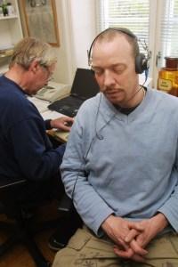Anders Grønneberg pleier å putte papir inn i ørene på konserter. (Foto: Birgit Dannenberg)