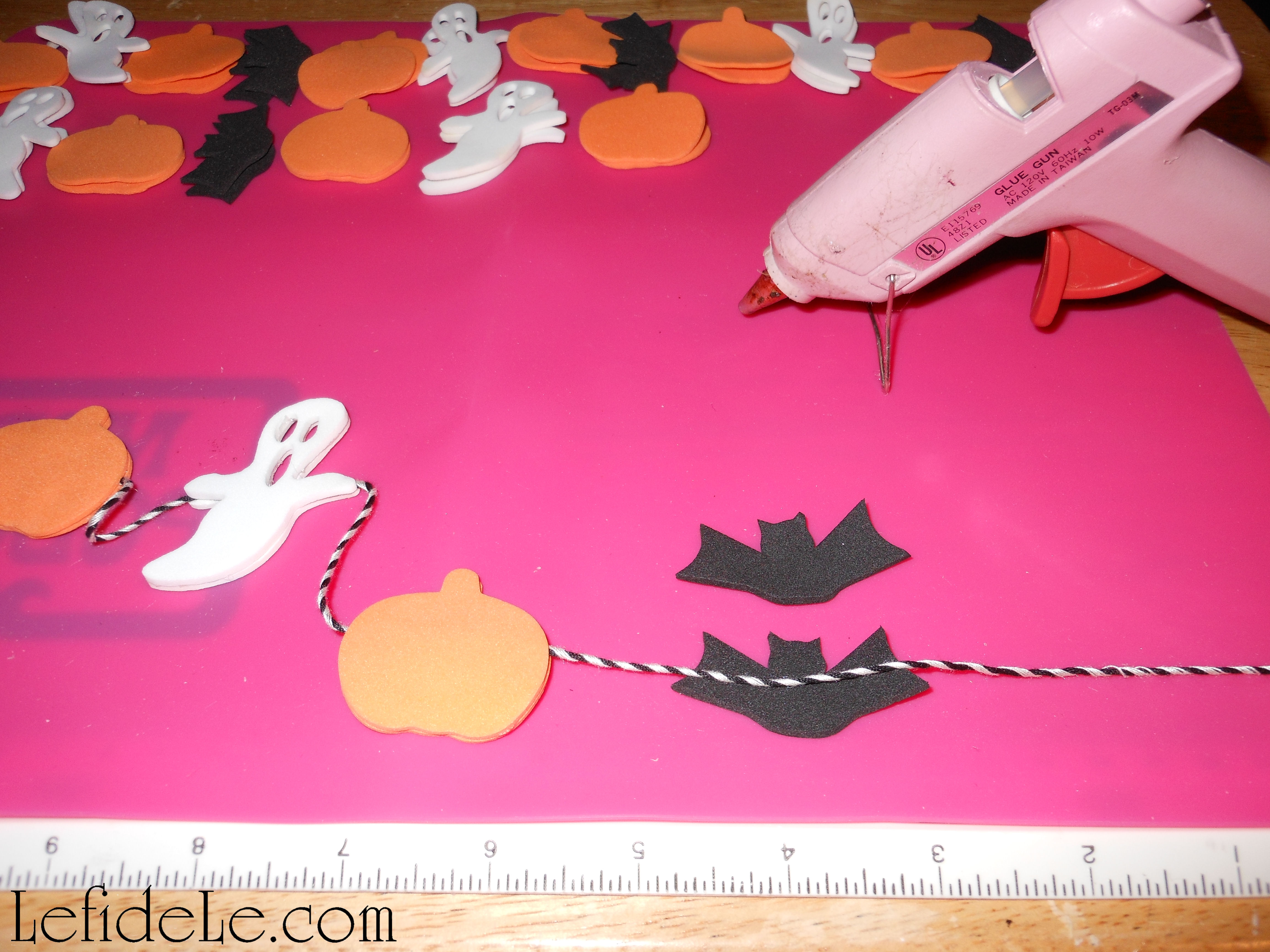 Diy Easy Last Minute Halloween Décor Kid Friendly Foam Shape Crafts