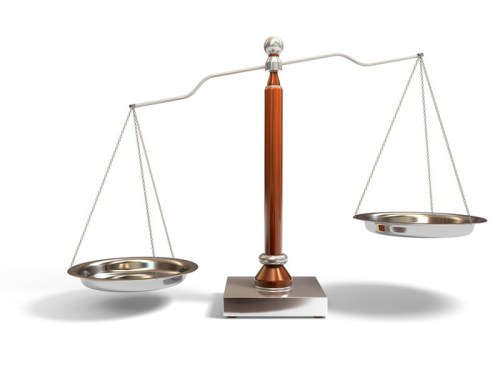 balance scale - photo by winnifredxoxo