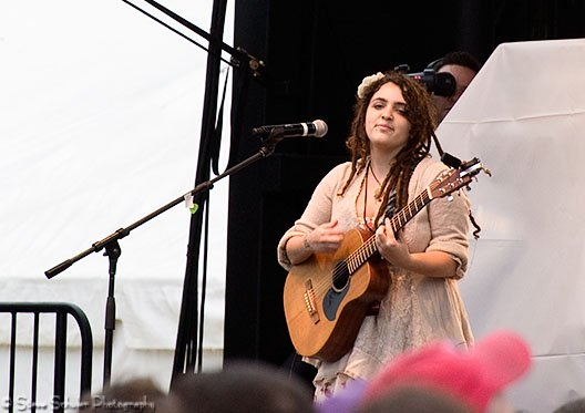 Shelley Segal came from Australia to perform some songs from her great new album