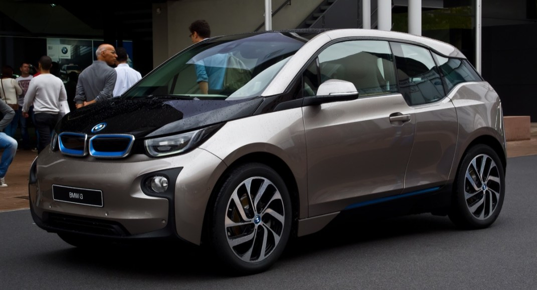 BMW i3. 100% electric. 124 MPGe. 81 mile range. Recyclable carbon-fiber body.
