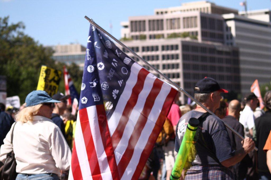 Corporate_America_flag_-_September_15,_2007