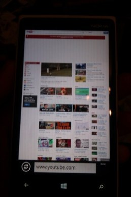YouTube.com in Internet Explorer 10 on the Windows Phone.