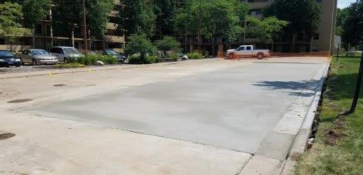 concrete-parking-lot-installation