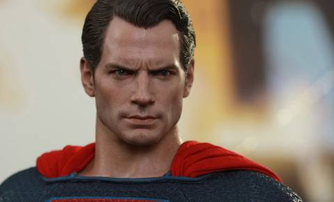 dc-superman-sixth-scale-batman-v-superman-hot-toys-feature-902608