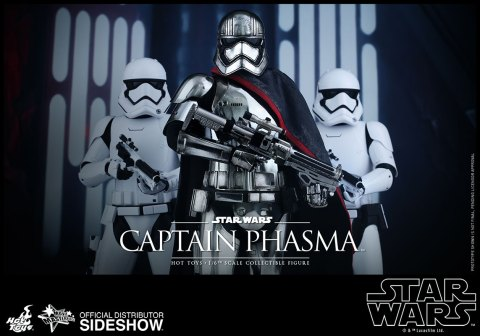 star-wars-captain-phasma-sixth-scale-hot-toys-902582-01