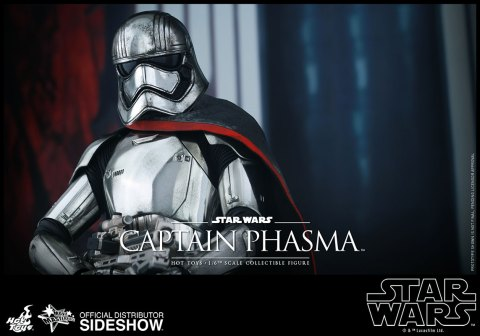star-wars-captain-phasma-sixth-scale-hot-toys-902582-12