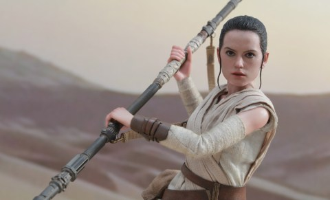 star-wars-rey-sixth-scale-hot-toys-feature-902611