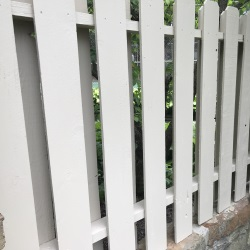 fence staining 5