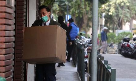 Hosteleros y plataformas acuerdan una guía de delivery seguro