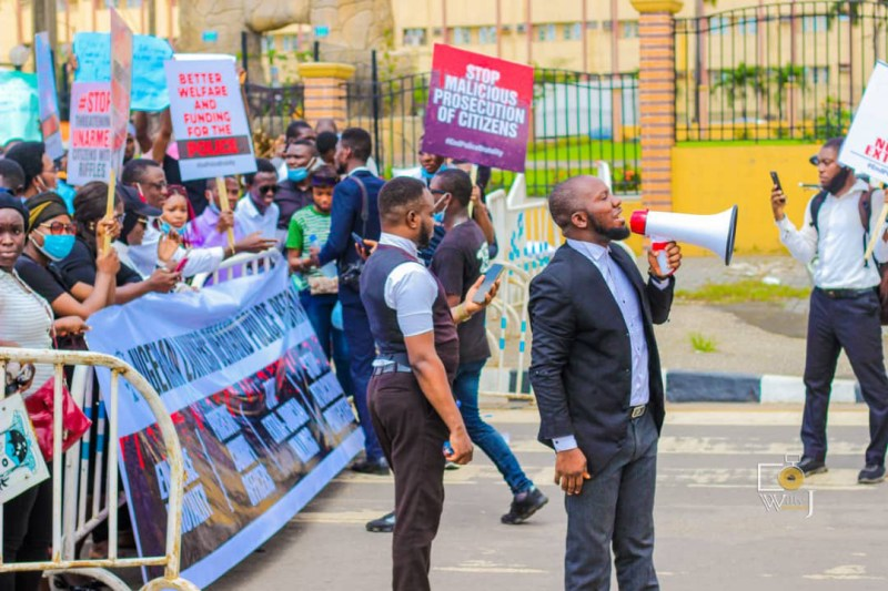 Lawyers in Lagos joins protest to #endpolicebrutality, #ENDSARS, etc.