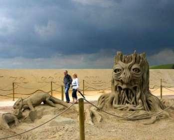 cool-sand-castles-16