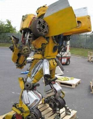 bumblebee_out_recycled_steel_05