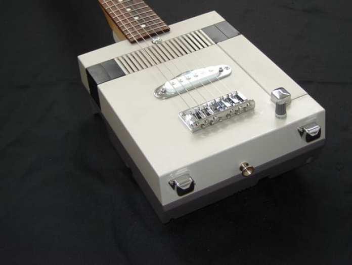 NES-Guitar4