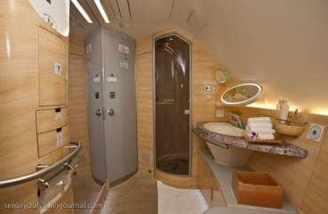 Emirates Airbus A380 (31)
