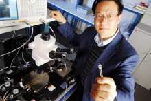 Wang e il nanogeneratore