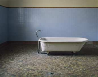 asylum-book-Fairfield-Bathtub