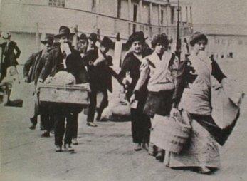 Emigranti sbarcati