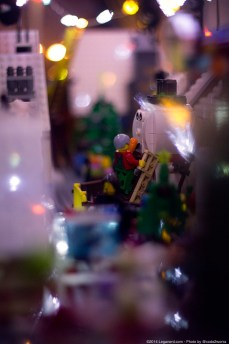 Lego_Winter_Village_2.0_00036