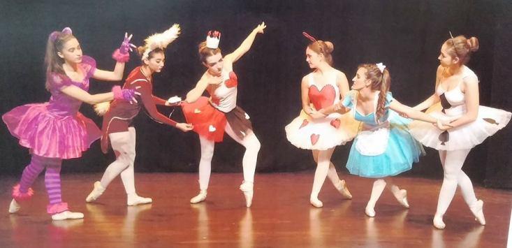 La Compañía de Danza municipal presenta 'Alicia en el País de las Maravillas'
