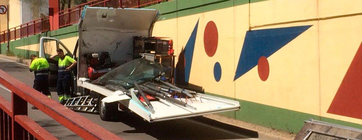 Dos camiones empotrados en el puente Simago en una semana