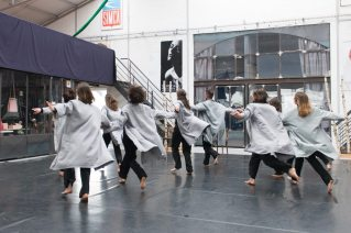 (c) Thierry Giraud | 5 juin | Le Témoin | Diffusion d'un projet de transmission pour 14 danseurs amateurs