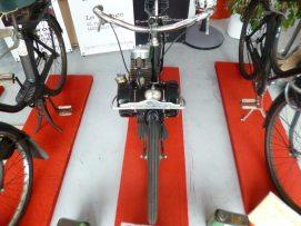 Velosolex en EXPO au Garage / Photo par Digitus Impudicus Productions