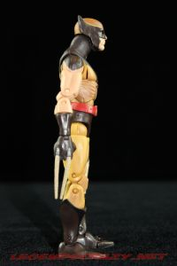 The Return of Marvel Legends Dark Wolverine Masked Variant 004