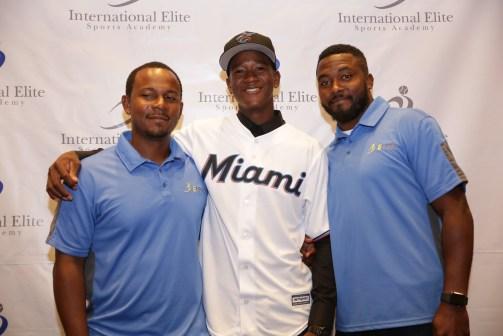 More Bahamians international signing