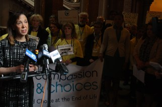 Aid-in-dying advocates share their stories in final push for legislation