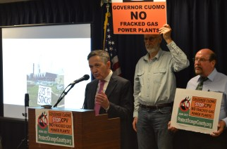 Orange County residents joined by Kucinich to protest power plant
