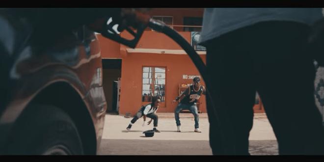 VIDEO : Dj Neptune ft. Kizz Daniel – Wait