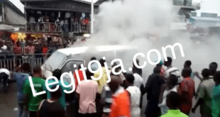 Fire Engulfs Bus At Enerhen Junction In Warri, Delta State (Video/Photos)