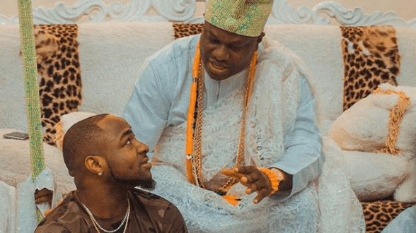 Singer, Davido paid a visit to the Ooni of Ife (Photos)
