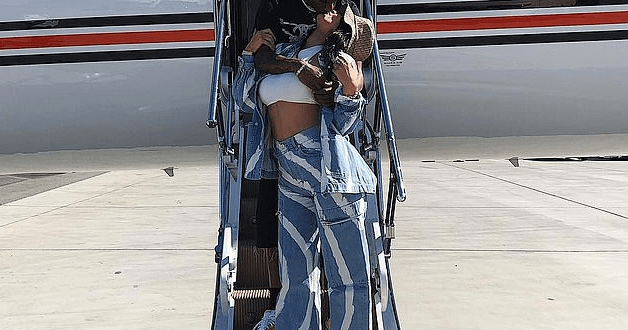 Kylie Jenner and Travis Scott share sweet kiss as they took a private jet to Coachella (Photo)
