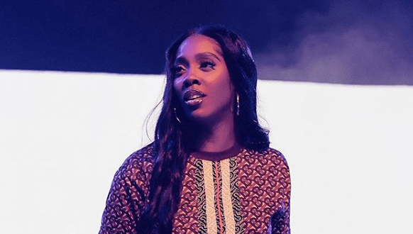 Singer Tiwa Savage Shows Off Cleavage In Public