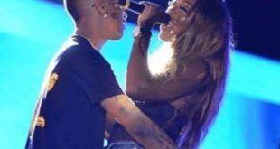 Tiwa Savage Snubs Wizkid For Grabbing Her Butt (SEE VIDEO)