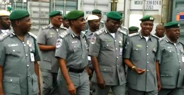 The federal government of Nigeria has issued a new rule prohibiting stammerers and people with bad teeth from applying for immigration job.