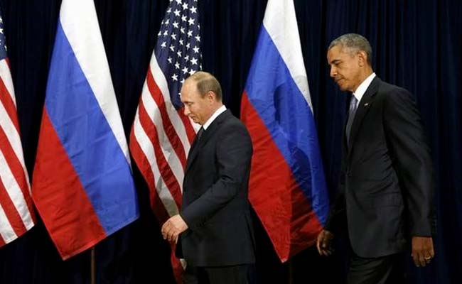 U.S. slaps sanctions on Russia, expels 35 diplomats