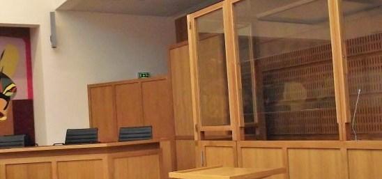 tribunalcorrectionnellavalboxaccusebannieresmall2.jpg