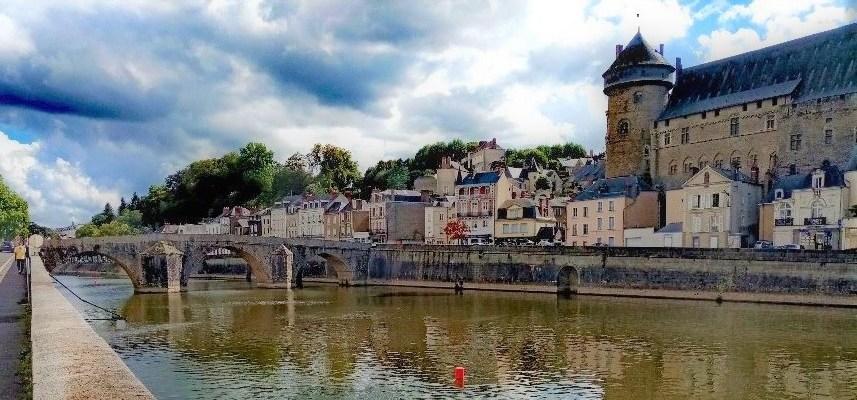 Une vue de Laval en Mayenne
